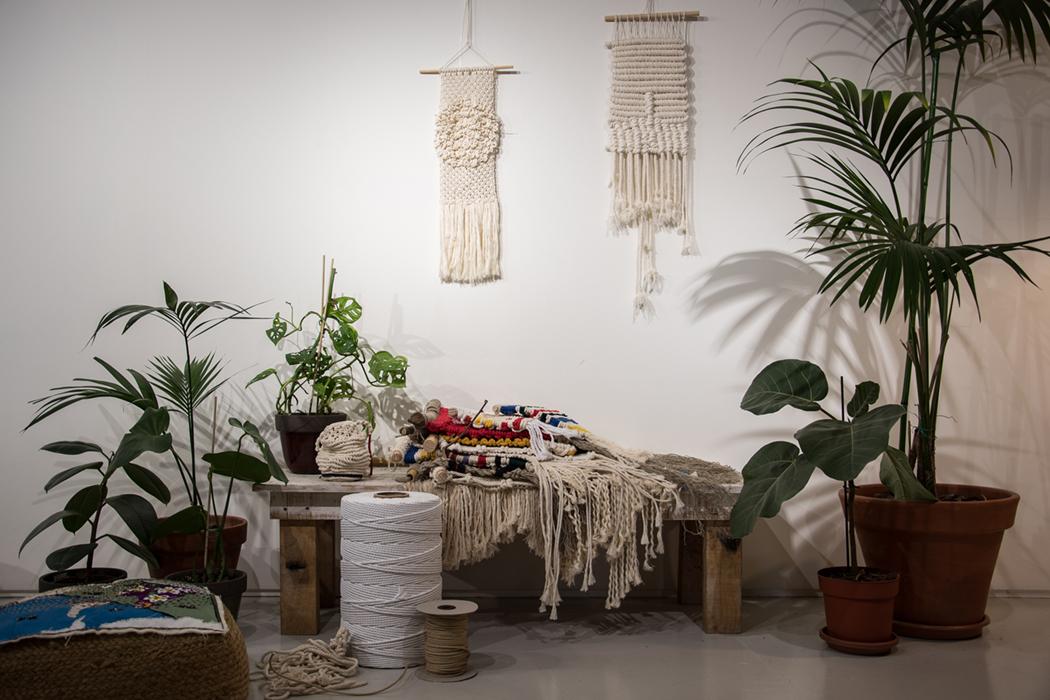 Tapices, cuerdas de algodón, plantas